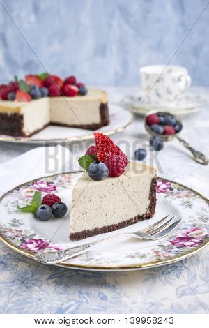 New York Cheesecake with Fruits