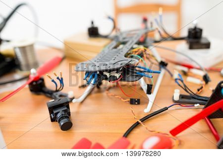 Assembler of Drone installation