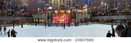 Rockefeller center skating rink