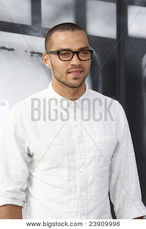 LOS ANGELES - SEPT 25:  Jesse Williams arriving at the