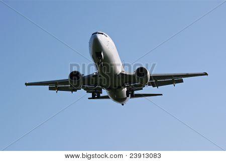 Approaching aircraft