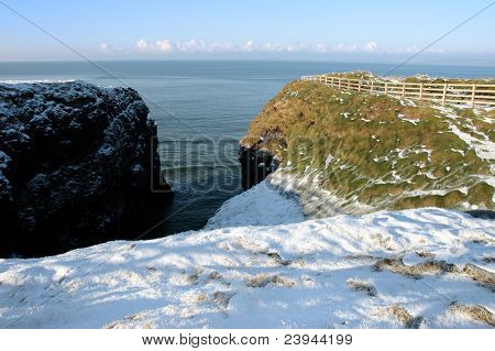 Winter Snow Cliff Walk