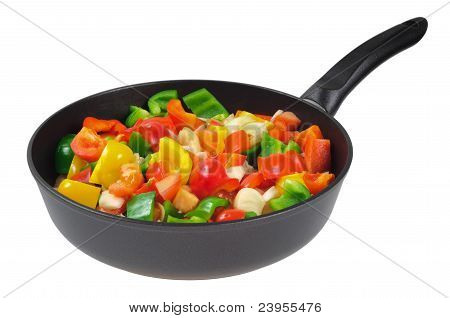 Roasting pan with the vegetables.