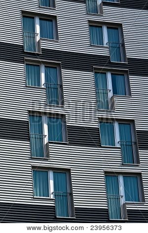 Structured Facade