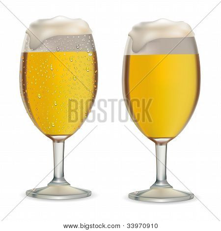 Beer In Glass With Drops Vector