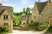 image of english cottage garden  - Traditional Cotswold cottages in England - JPG