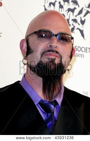 LOS ANGELES - MAR 23:  Jackson Galaxy arrives at the 2013 Genesis Awards Benefit Gala at the Beverly Hilton Hotel on March 23, 2013 in Beverly Hills, CA