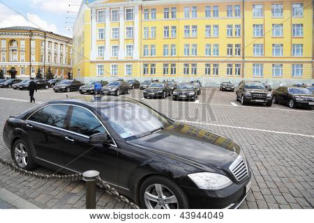 MOSCOW - APRIL 24: Government cars stand in Kremlin on April 24, 2012 in Moscow, Russia. Armored limousines Mercedes-Benz S600 (model for Vladimir Putin) weigh from 3 to 3.5 tons.