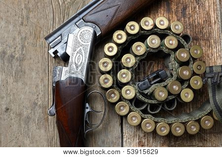Vintage Hunting Gun With Shells
