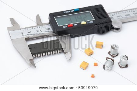 Electronic Caliper Measure Ic