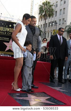LOS ANGELES - NOV 13:  Jennifer Hudson, David Daniel Otunga, David Otunga at the Jennifer Hudson Hollywood Walk of Fame Star Ceremony at W Hollywood Hotel on November 13, 2013 in Los Angeles, CA
