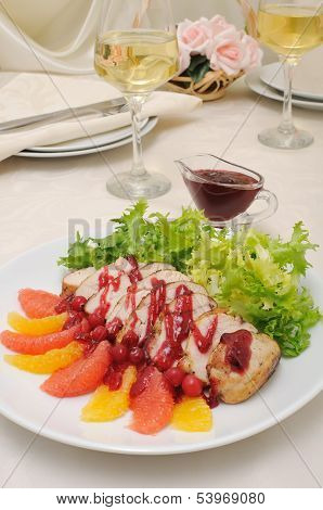 Sliced ??baked Fillet With Cranberry Sauce