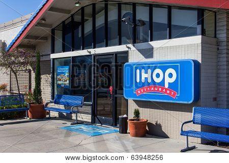 Ihop Restaurant Exterior