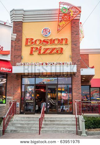 Boston Pizza Entrance