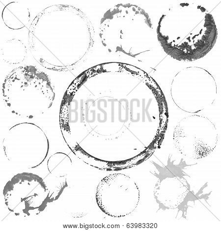 Vector black and white paint circles