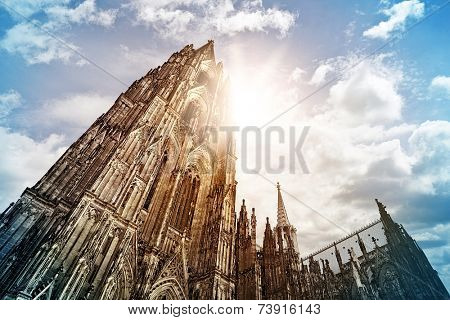 Cologne Cathedral (K�?�¶lner Dom) in the morning sun, Cologne, Germany