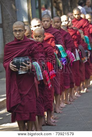 Monks In A Row: Mahagandayon Monastery