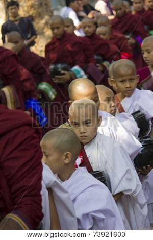 Monks In A Row: Mahagandayon Monastery. Monks