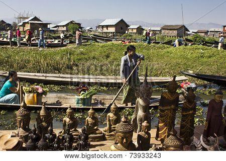 Floating Market and Boat Souvenir Seller