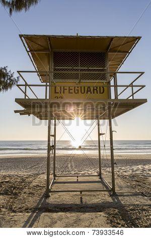 Gold Coast Surfers Paradise lifeguard hut sunrise