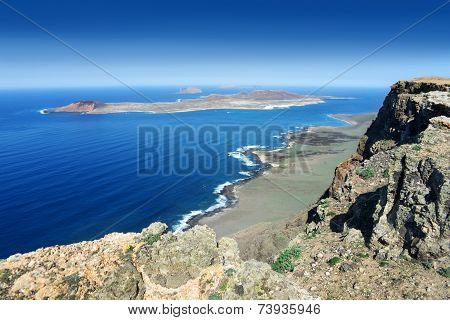 Lanzarote - View from Famara Cliff to La Graciosa