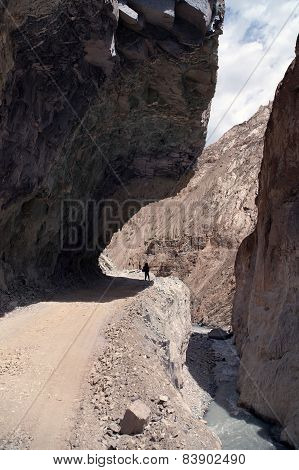 Dangerous Road In Indian Himalayas