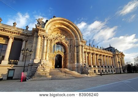 Famous Grand Palais - Big Palace, Paris