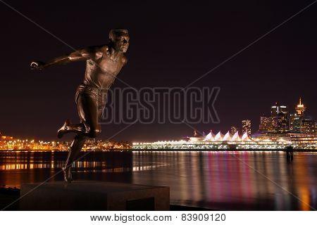 Stanley Park Runner Statue