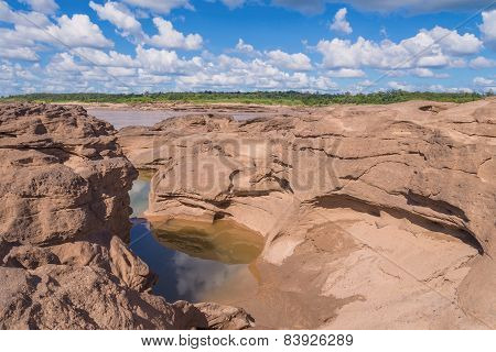 Grand Canyon Amazing Of Rock In Mekong River, Ubonratchathani Thailand.