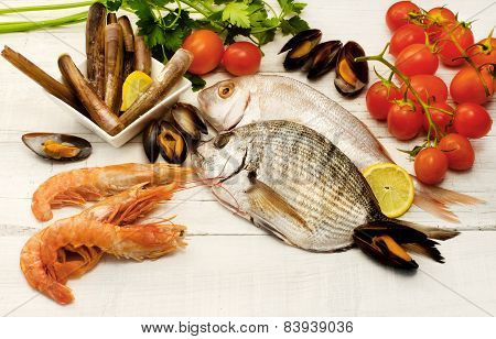 Raw Fish,crustaceans And Mollusk Selection