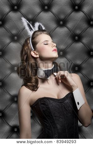 Allure Easter Woman
