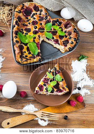 Cheese Casserole with raspberries and raspberry and currant