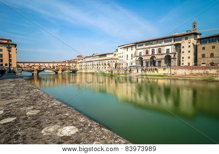 River Arno And Ponte Vecchio In Florence, Italy