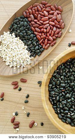Beans Red Black And Job's Tear Multigrain Protien Food