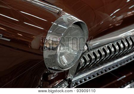 Head-light of GAZ 21 Volga