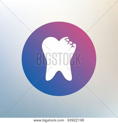 Broken tooth sign icon. Dental care symbol.