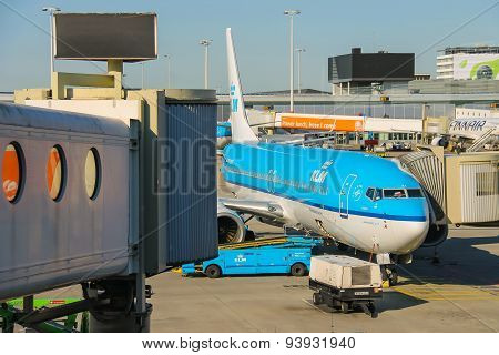 Maintenance Of Aircraft On The Airfield At The Airport Amsterdam Schiphol, Netherlands