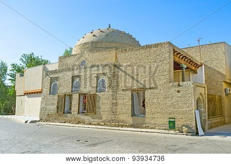 The Tiny Mosque
