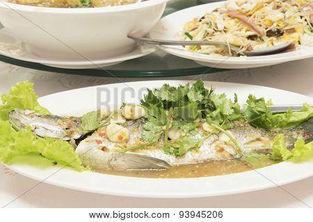 Steamed Fish In Lemon Sauce / Food