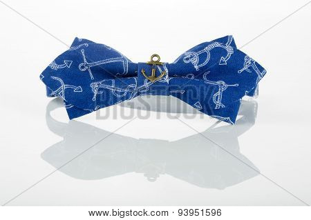 blue bow tie with anchors