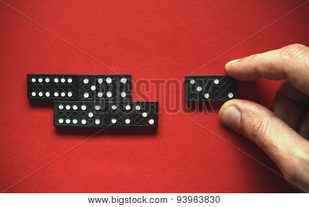 Domino Movement