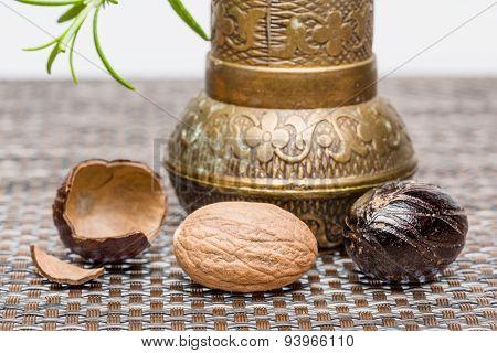 Bio Nutmeg