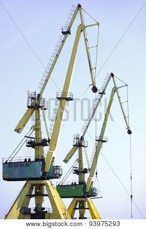 Industrial Shipping Cranes