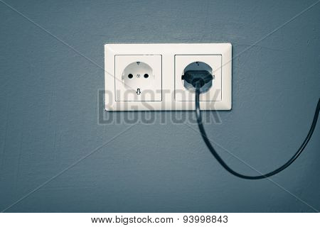 AC power plug and socket