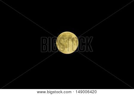 Full moon on the black background wednesday 17-08-16