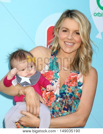 LOS ANGELES - SEP 24:  Molly Sullivan Manno. Ali Fedotowsky at the 5th Annual Red Carpet Safety Awareness Event at the Sony Picture Studios on September 24, 2016 in Culver City, CA