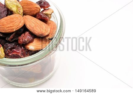antioxidant mix ingredient are pistachios, almond, dark chocolate, cranberry, blueberry, raisin