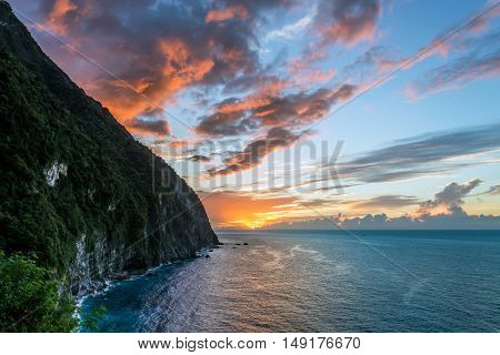 Sunrise at the Qingshui cliffs along the coast in Hualien, Taiwan