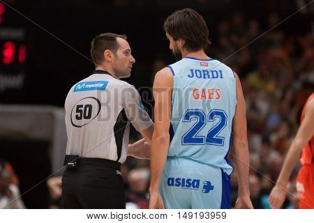 VALENCIA, SPAIN - SEPTEMBER 25th: Referee and (22) Jordi during match between Valencia Basket and Estudiantes at Fonteta Stadium on September 25, 2016 in Valencia, Spain