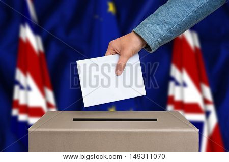 Referendum In Great Britain - Voting At The Ballot Box